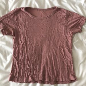 Brandy Melville Cropped top